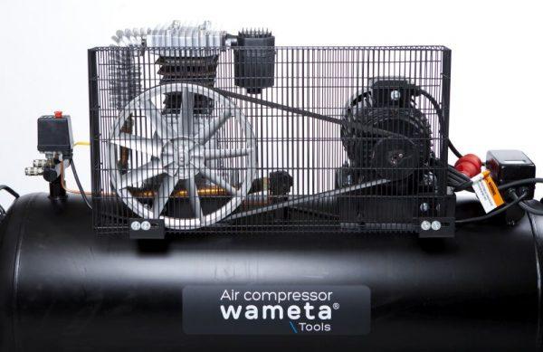 Wameta-kompressori 75KW 300 litraa.